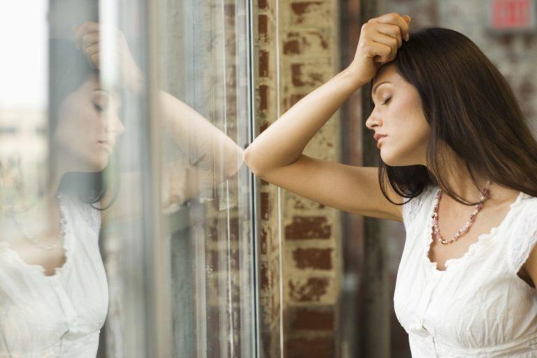 Депрессия у женщин. Причины, симптомы, лечение.